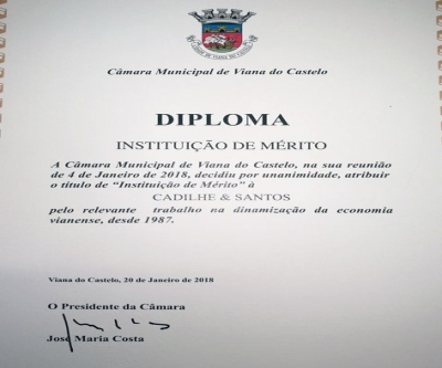 Instituição de Mérito